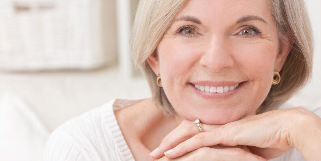 Как выглядеть моложе без операций: советы специалиста