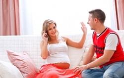 Ученые исследовали влияние мобильного телефона на беременных
