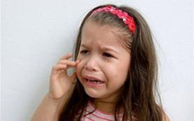 Детские истерики: как на них правильно реагировать