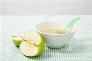 Первый прикорм ребенка: овощные пюре