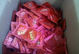 Крупнейший в Украине производитель презервативов поможет в борьбе со СПИДом