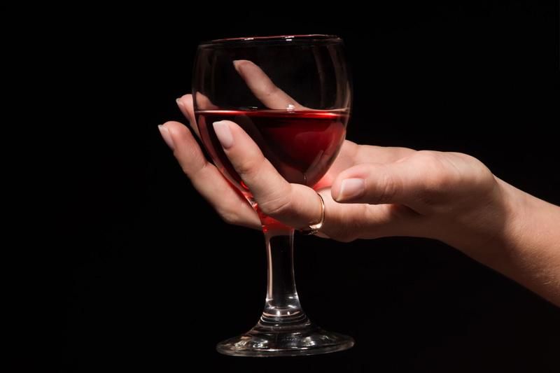 Чем опасен алкоголь во время беременности