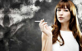 Курение повышает риск развития рака толстой кишки у женщин