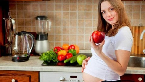 Составлен список продуктов, которые опасны для беременных