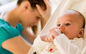 Послеродовой психоз: причины, признаки, лечение