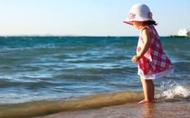Ребенок и море