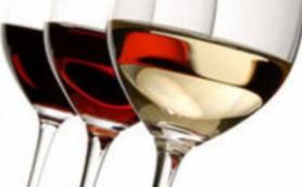 К чему могут привести легкие алкогольные напитки во время беременности