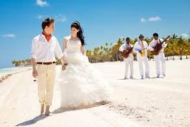 Свадьба на берегу, или как не выкинуть свои деньги в море