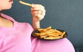 Вредная еда может вызвать роды преждевременно