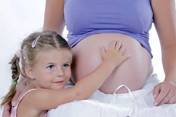 Дочери ослабляют иммунную защиту матери, выяснили исследователи