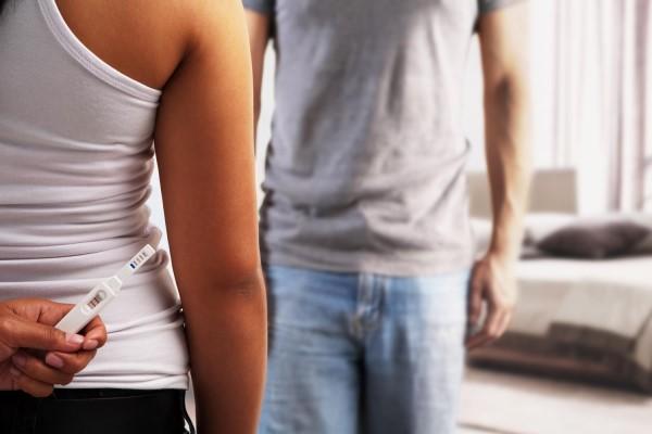 Как сказать парню или мужу о беременности?