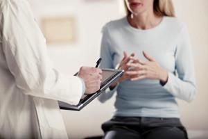Посещение венеролога — обязательно