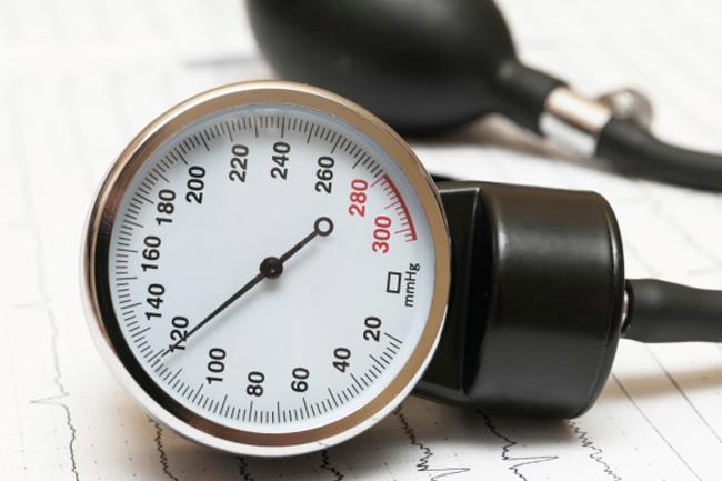 Почему врачи предпочитают механический тонометр?