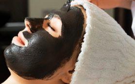 Секрет эффективного избавления от черных точек – маска с активированным углем