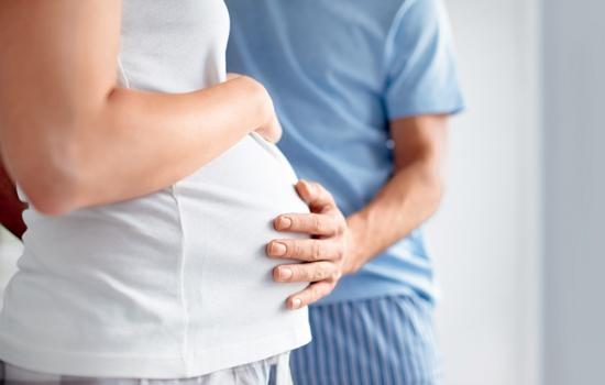Употребление мёда во время беременности и кормления грудью