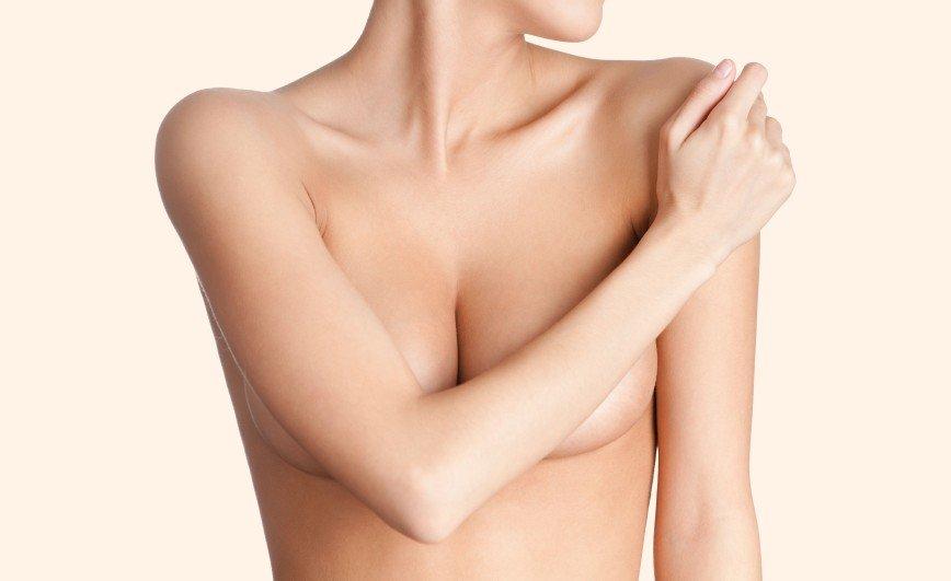 Как облегчить боль в груди при ПМС
