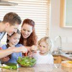 Как посадить на диету всю семью?