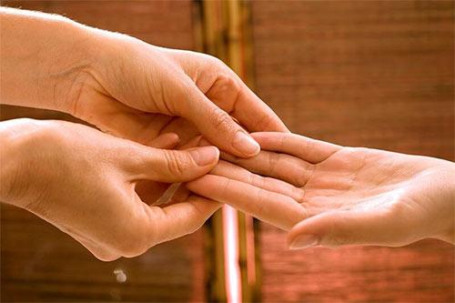 Массаж пальцев рук для бодрости и хорошего самочувствия
