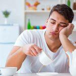 Нехватка сна снижает уровень тестостерона у мужчин
