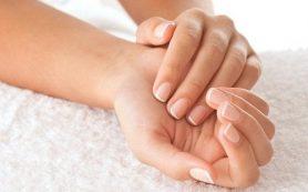 Сухость кожи на руках. Почему она появляется и как лечить?