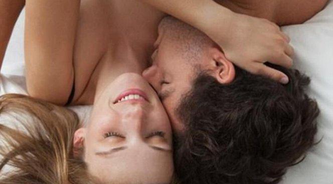 Гормон поцелуев вылечит низкое либидо у женщин