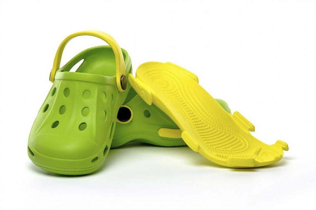 Современная обувь из этиленвинилацетата — ЭВА.