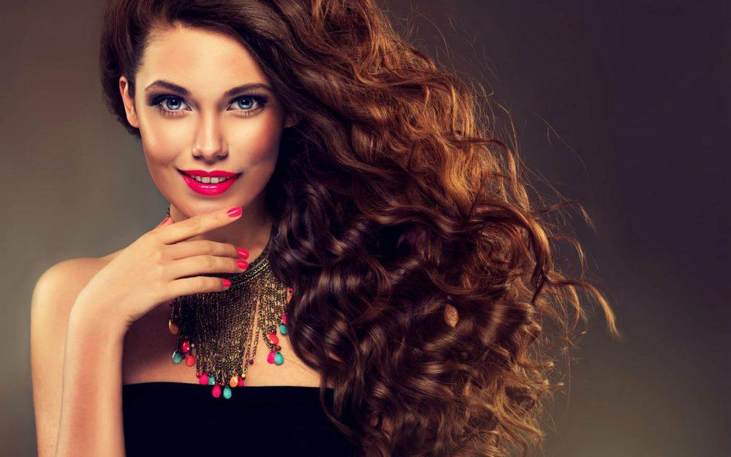 Как ухаживать за кудрявыми волосами: основные средства
