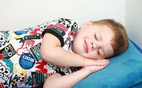 Здоровые белоснежные улыбки малышей