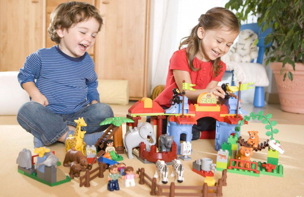 Как выбрать развивающие игрушки в играх для детей дошкольного возраста