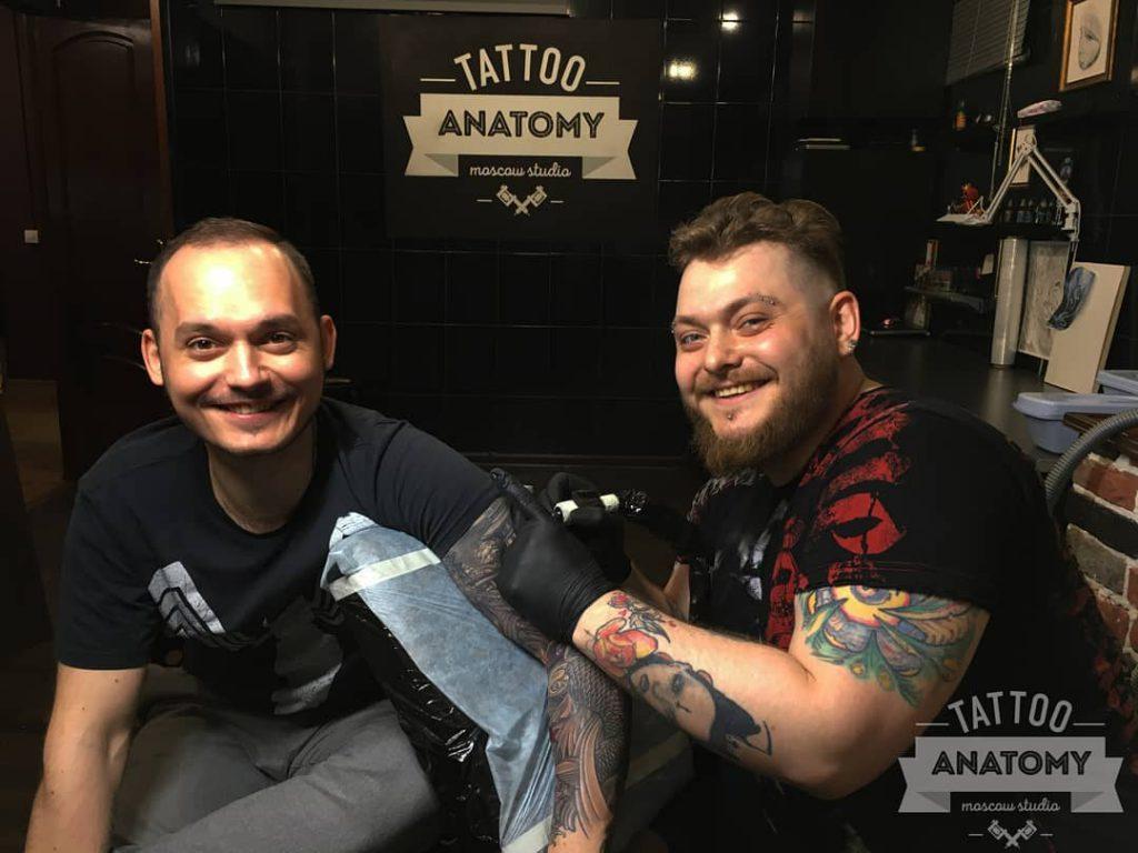 Обучение мастерству татуировок в салоне тату Anatomy