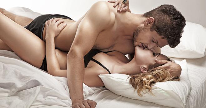 Опрос: женщины часто сожалеют о ранней интимной близости