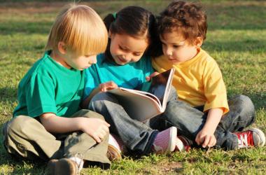 Как развить социальные навыки у ребенка
