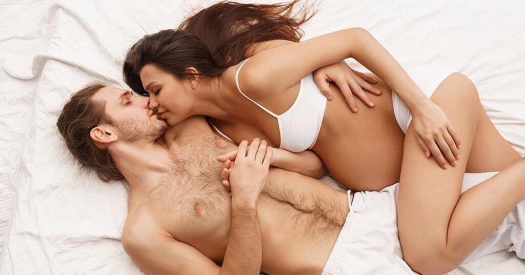 Можно ли заниматься интимной жизнью при беременности?
