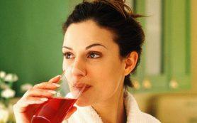Клюквенный сок помогает облегчить боль при артрите