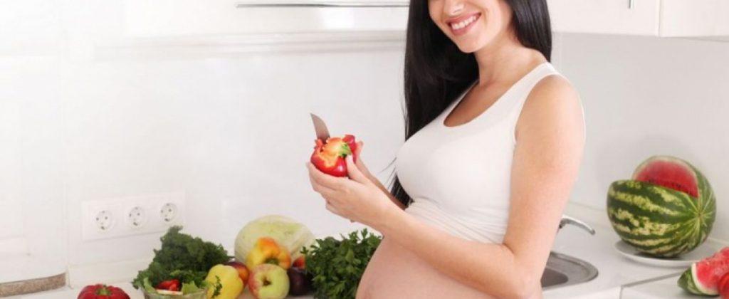 Это опасно: что не стоит делать сразу после родов