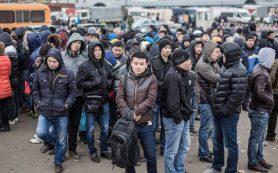 Узбеки из России возвращаются домой
