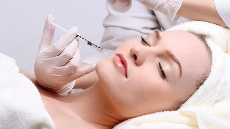 Что такое мезотерапия? Показания к процедуре и ее преимущества