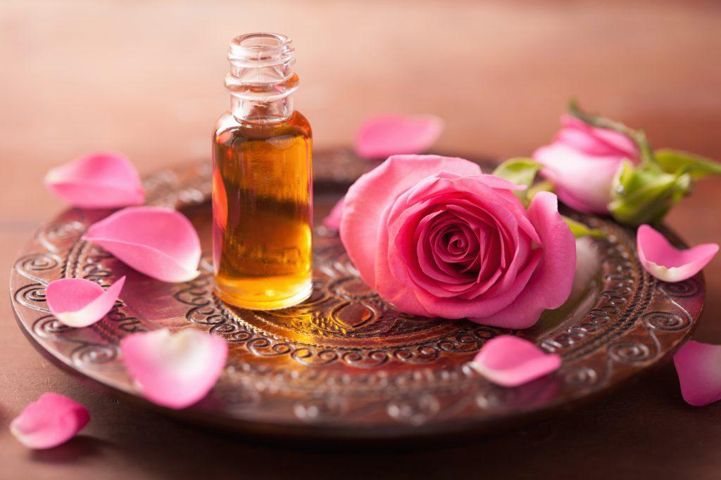 Роза — королева цветов в косметологии