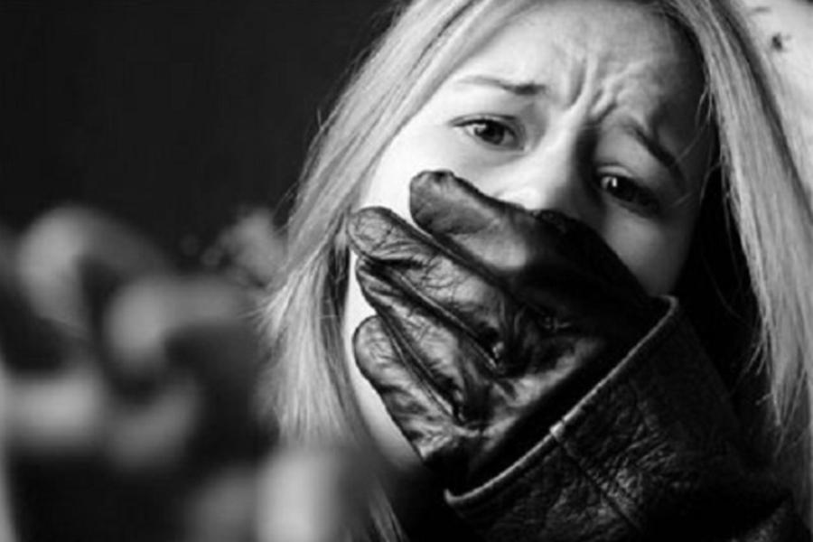 Как женщине самостоятельно заботиться о собственной безопасности на улице