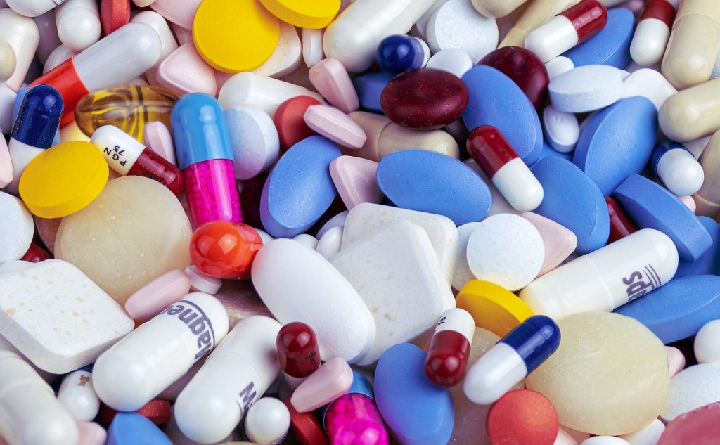 Импортные лекарственные средства могут заменить недорогими отечественными