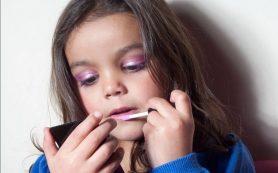 С какого возраста можно пользоваться косметикой?