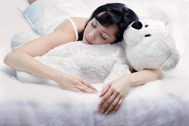 Вредно ли для здоровья спать на животе?