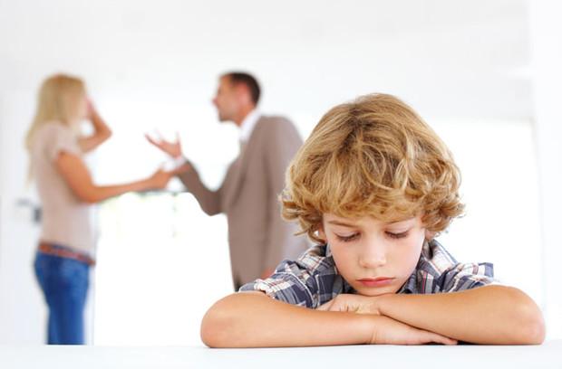 Как помочь ребенку безболезненно пережить развод родителей