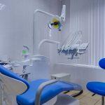 """Стоматология """"Доктор Лопатин"""": приходите лечиться всей семьей"""